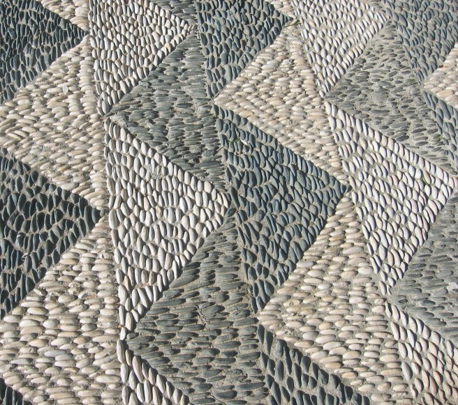 stone zigzag