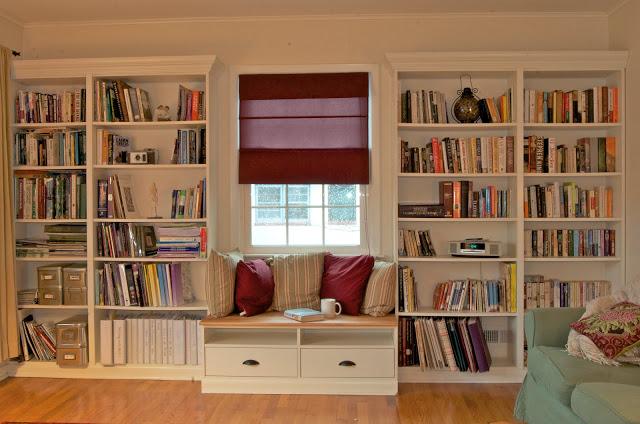 bookcase-760900